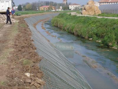 Canale di Bonifica - Geocomposito Anti intrusivo - posa